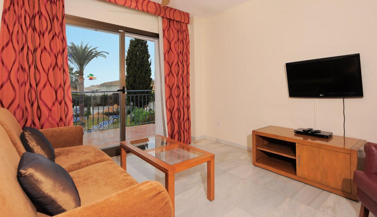Antes - Sala de estar en La Perla de Riviera